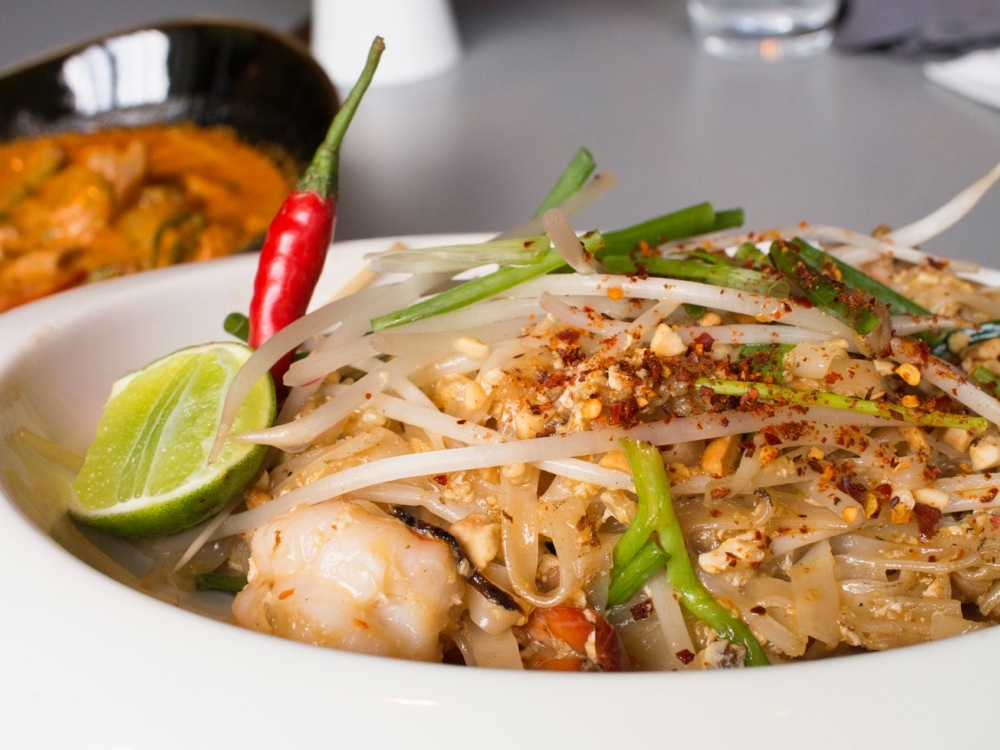 Pad Thai Goong @ T for Thai