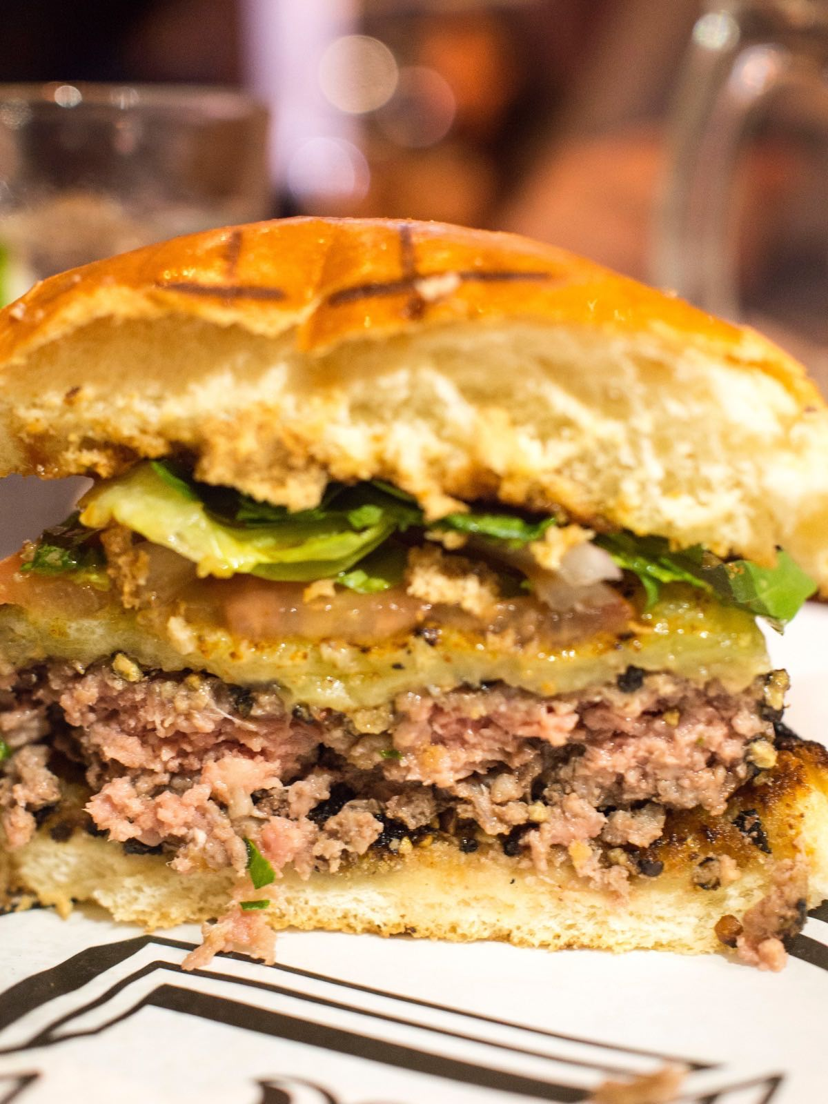 Cross Section of the Black Pepper Burger @ Beef & Liberty Shanghai