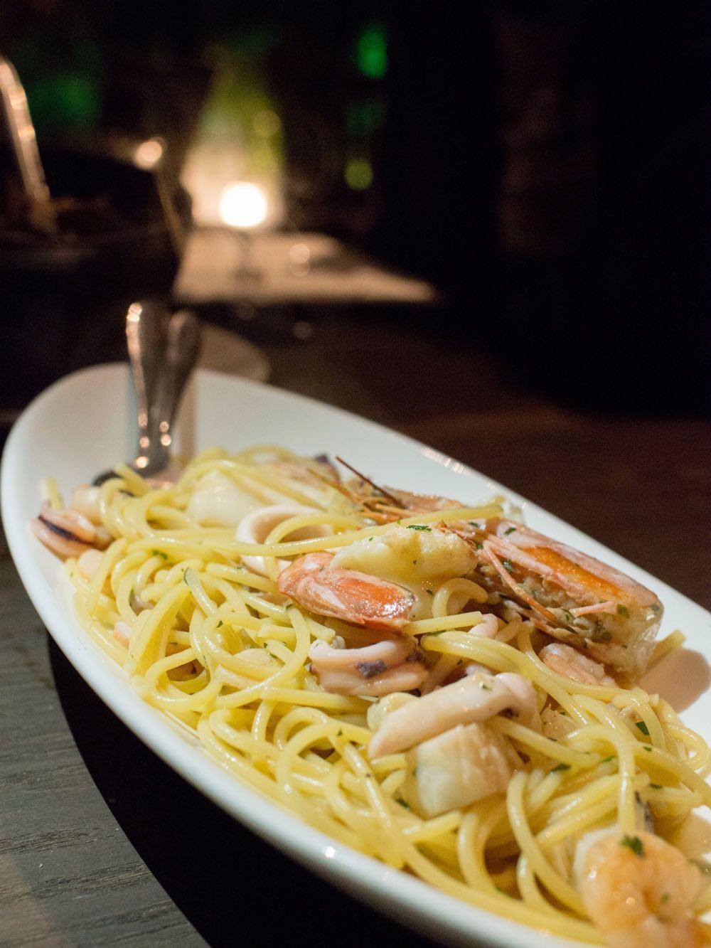 mamamia-seafood-spaghetti