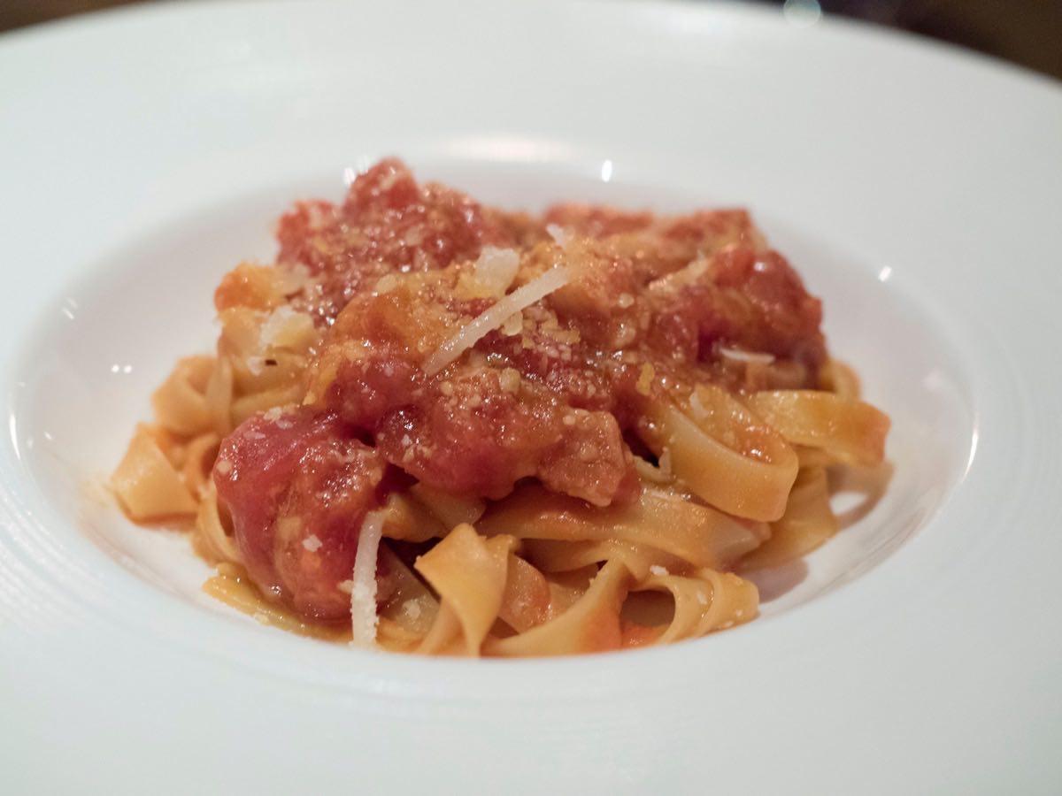 Fresh tasting tomato sauce