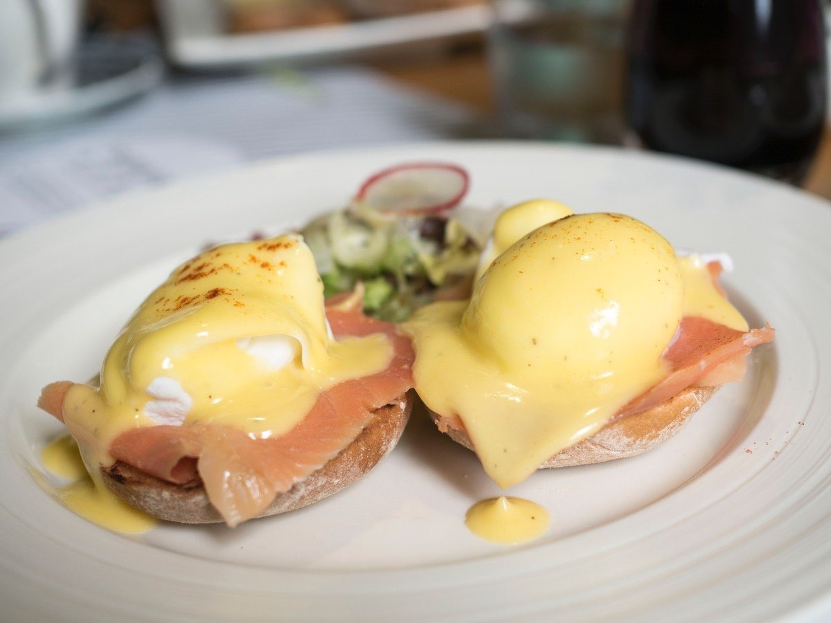 Good hollandaise ratio